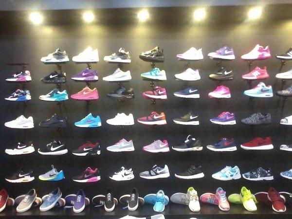 top 10 shop giay sneaker dep va chat luong nhat tai tphcm 05