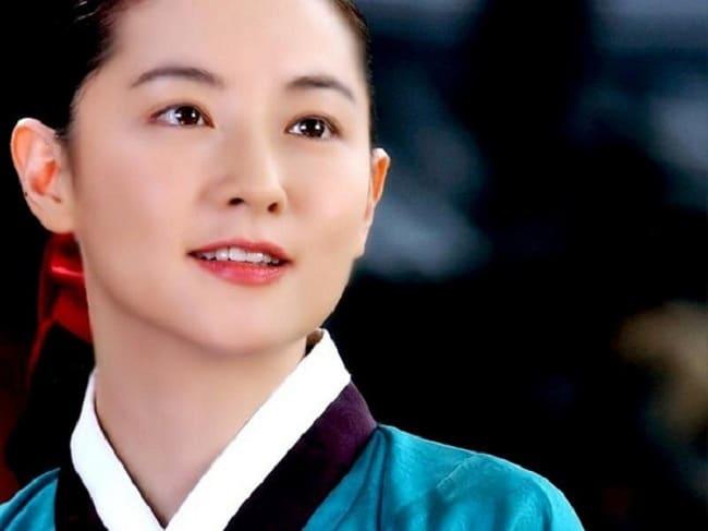 Top 10 những bộ phim Hàn Quốc hay nhất: Dae Jang Geum