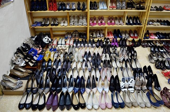 Top 5 xưởng giày dép chuyên sỉ uy tín tại Tp.HCM: Xưởng giày Moon Shoes