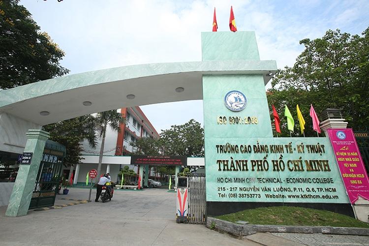 Cao đẳng Kinh Tế - Kỹ Thuật TPHCM
