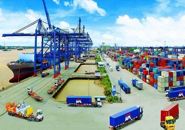 công ty dịch vụ xuất nhập khẩu tại tphcm REAL Logistics
