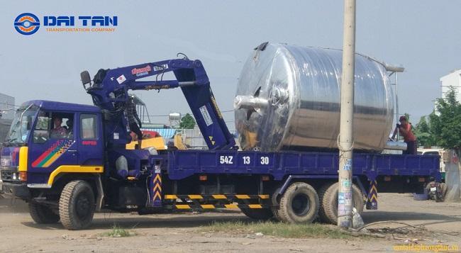công ty vận chuyển hàng siêu trường siêu trọng tại tphcm Đại Tấn