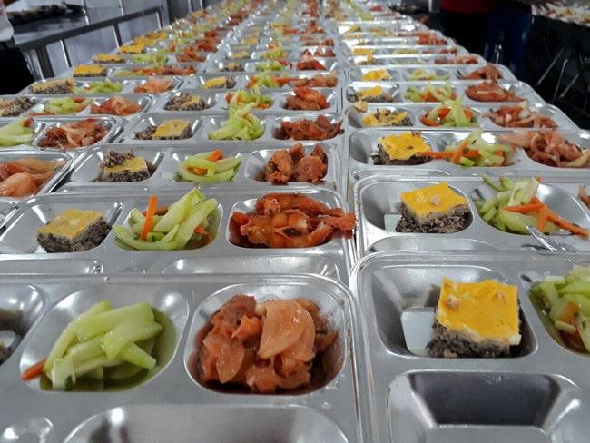 Công ty cung cấp suất ăn Mai Phương