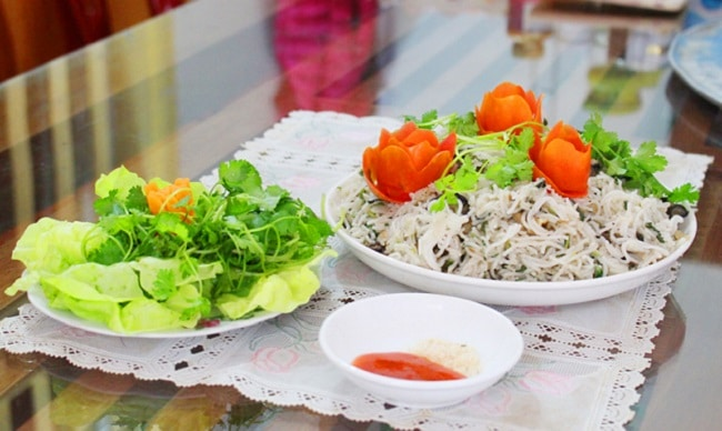Khám phá Top 10 món ẩm thực Hạ Long hấp dẫn vô cùng - bún xào ngán