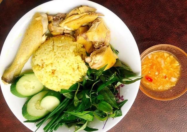 TOP 10 ĐẶC SẢN NINH THUẬN, CÓ THỂ BẠN CHƯA BIẾT? - cơm gà phan rang