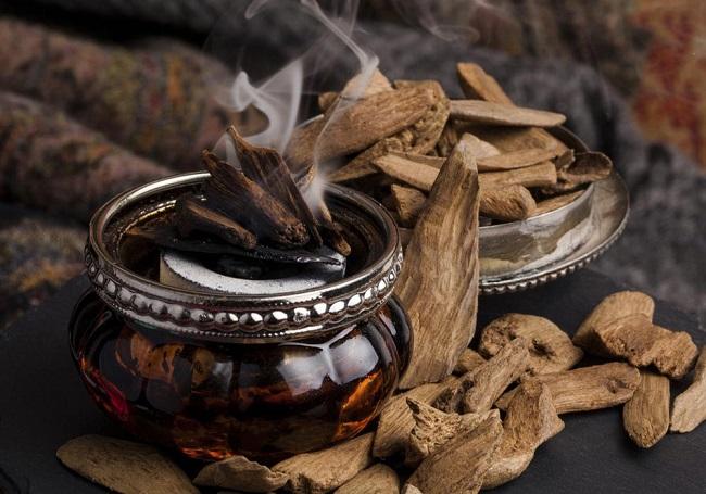 trầm hương là gì - công dụng của trầm hương