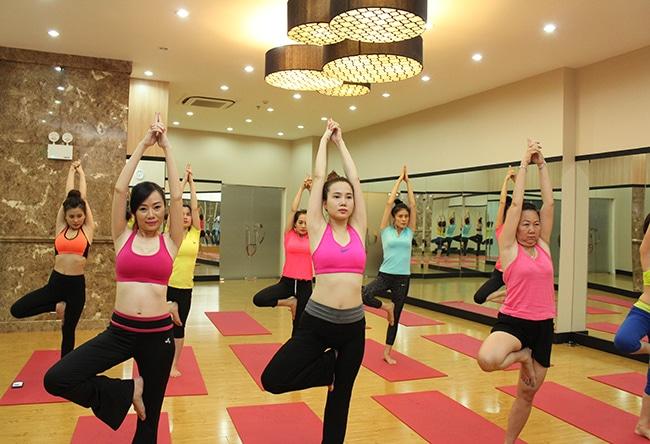 Câu lạc bộ Yoga - Nhà văn hóa thanh niên là Top 10 Phòng tập Yoga uy tín nhất ở TPHCM
