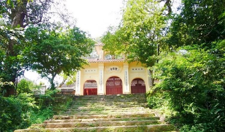 top cảnh quan ngôi chùa đẹp nhất huế mang tính tâm linh lịch sử - chùa thánh duyên