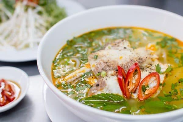 Top 5 quán bánh canh cá lóc ngon nhất tại Huế -  O Cúc