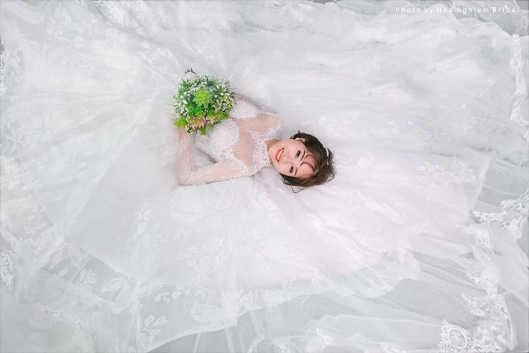 Top 6 địa điểm chụp hình cưới đẹp chuyên nghiệp nhất tại Huế - Hoa nghiêm Bridal