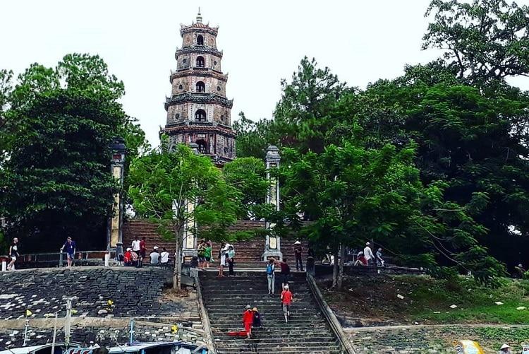 Top 7 địa điểm du lịch nổi tiếng tại Huế - Chùa Thiên Mụ