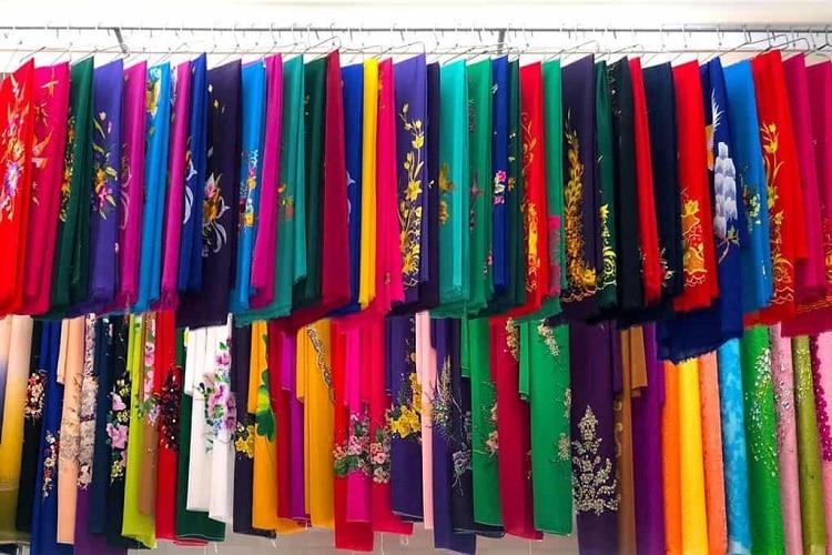 Top địa chỉ mua vải và may áo dai đẹp nhất Huế - Minh Tân