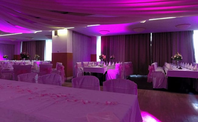 Trung tâm hội nghị tiệc cưới For You