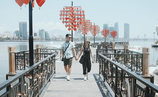 Cầu Khóa Tình Yêu