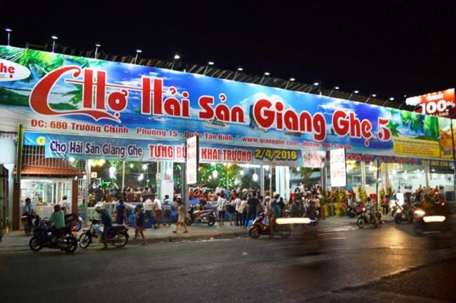 Giang Ghẹ là Top 10 địa chỉ mua hải sản tươi sống ngon nhất TPHCM