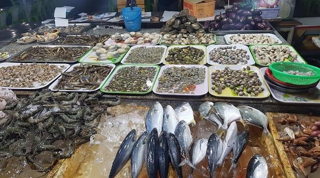 Tư Ốc Lầu là Top 10 địa chỉ mua hải sản tươi sống ngon nhất TPHCM