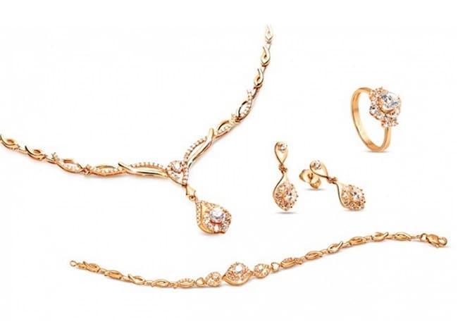 PNJ là Top 10 Tiệm vàng bạc đá quý uy tín nhất TPHCM