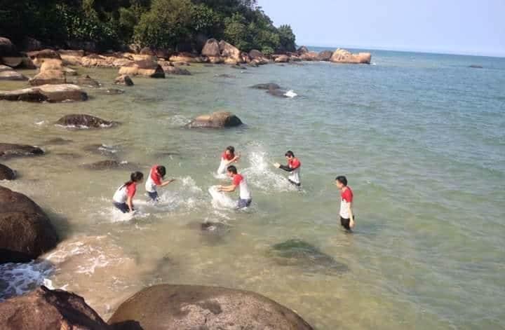 Top 10 địa điểm vui choi cuôi tuần đầy ý nghĩa tại Huế - Biển Cảnh Dương