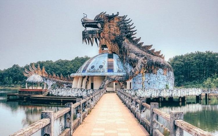 Top 10 địa điểm vui choi cuôi tuần đầy ý nghĩa tại Huế - Hồ Thủy Tiên