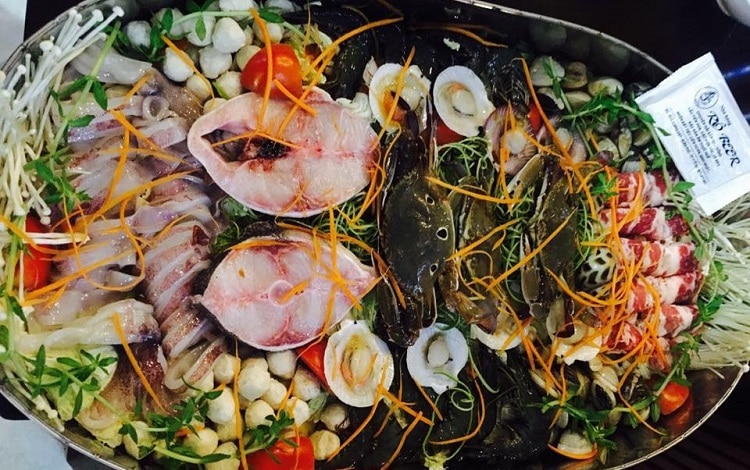 top 10 quán ăn hải sản tươi sống ngon bổ rẻ nhất tại Huế - RÔ BEER