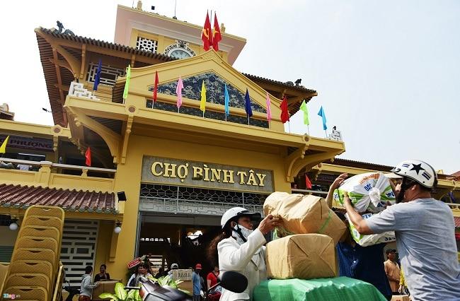 Chợ đêm Bình Tây là Top 8 Chợ đêm nổi tiếng nhất ở TP. Hồ Chí Minh