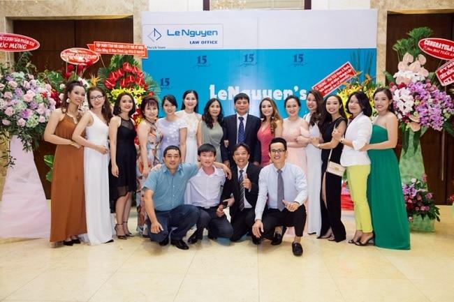 Công ty luật TNHH Lê Nguyễn là Top 10 văn phòng / công ty luật uy tín nhất TP. Hồ Chí Minh