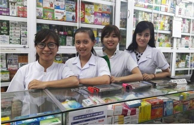 Nhà thuốc GPP Việt Hương là Top 10 Cửa hàng bán thuốc Tây giá rẻ và uy tín nhất tại TP. Hồ Chí Minh