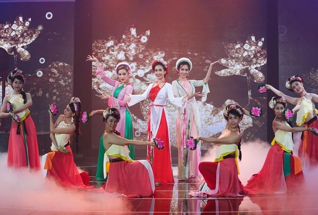 Hoa Mai shop là Top 10 Cửa hàng cho thuê trang phục biểu diễn giá rẻ uy tín nhất tại TP. Hồ Chí Minh