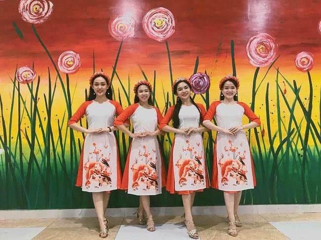 Cửa hàng cho thuê trang phục biểu diễn Thằng Bờm là Top 10 Cửa hàng cho thuê trang phục biểu diễn giá rẻ uy tín nhất tại TP. Hồ Chí Minh