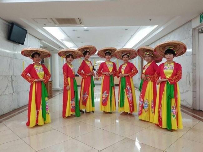 Trang phục biểu diễn DiVit là Top 10 Cửa hàng cho thuê trang phục biểu diễn giá rẻ uy tín nhất tại TP. Hồ Chí Minh