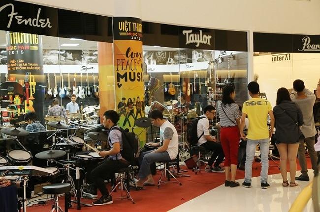 Việt Thương Music là Top 10 Cửa hàng bán nhạc cụ uy tín nhất tại TP. Hồ Chí Minh