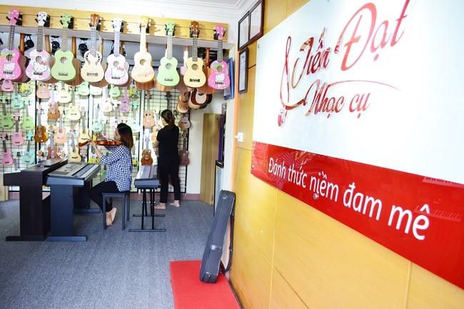Trung tâm nhạc cụ Tiến Đạt là Top 10 Cửa hàng bán nhạc cụ uy tín nhất tại TP. Hồ Chí Minh
