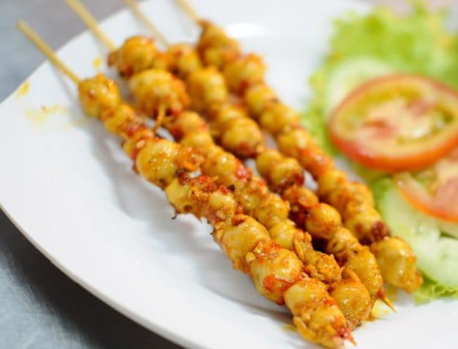 Răng mực nướng là Top 10 đặc sản Bình Thuận hấp dẫn khó quên mà bạn không thể bỏ qua