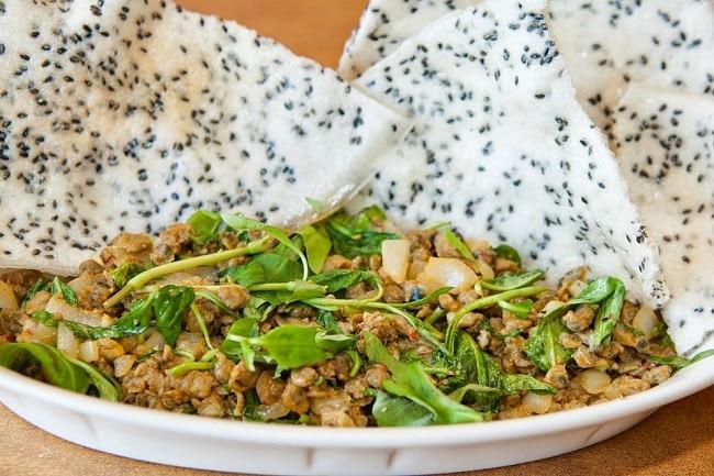 Bạn đã biết đến Top 10 đặc sản ẩm thực Hà Tĩnh chưa? - Bánh đa hến