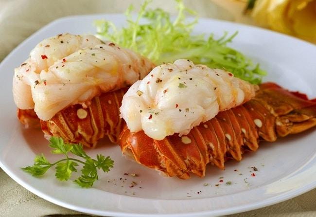Hải sản Tư Bình là Top 10 Nhà hàng ngon Quận 2 , TP. Hồ Chí Minh