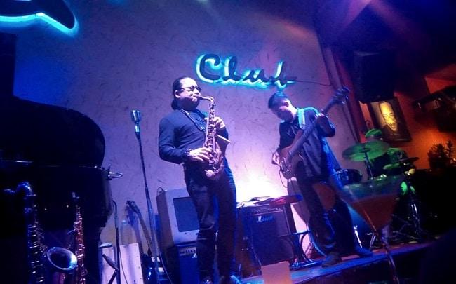 Phòng trà Sax n' Art Jazz Club là Top 10 Phòng trà nổi tiếng nhất ở TP. Hồ Chí Minh