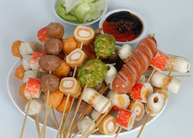 Viên chiên 176 là Top 10 địa điểm ăn vặt ngon nhất quận 7, TP. Hồ Chí Minh