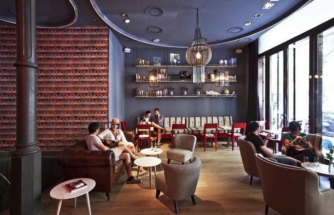 Basic Cafe là Top 8 Quán cafe đẹp nhất quận 7, TPHCM