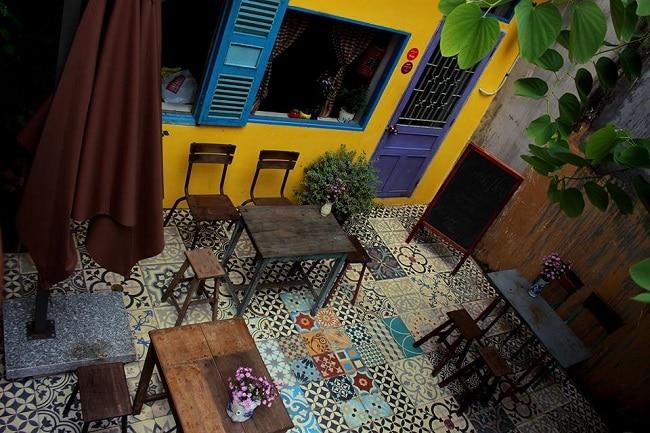 Yesterday Piano Café là Top 10 Quán cà phê đẹp nhất quận Phú Nhuận, TP. Hồ Chí Minh