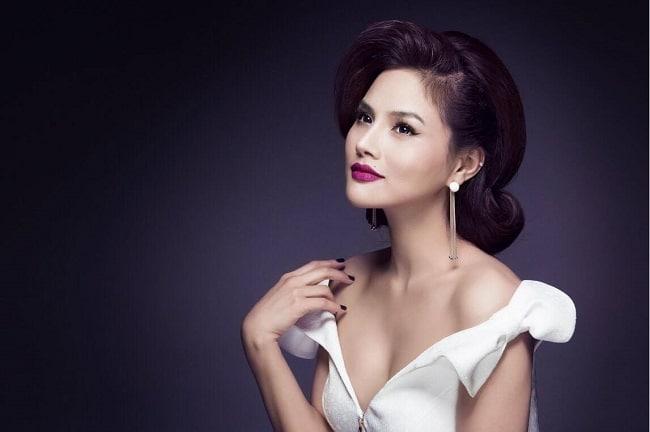 Huỳnh Lợi Studio – Make up- Academy là Top 10 Tiệm trang điểm cô dâu đẹp nhất tại TP. Hồ Chí Minh