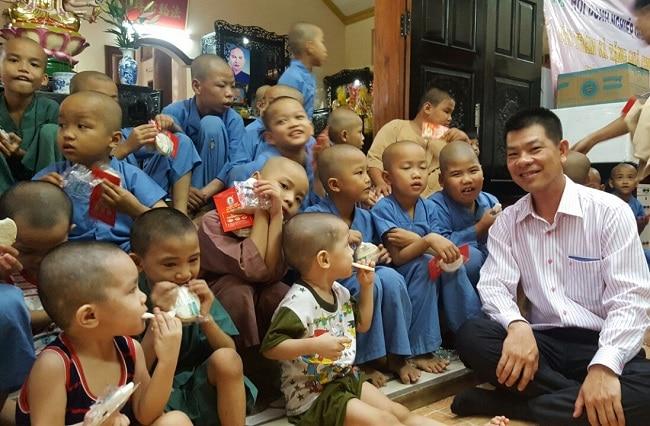 Chùa Từ Hạnh là Top 10 Tổ chức từ thiện nổi tiếng tại TPHCM