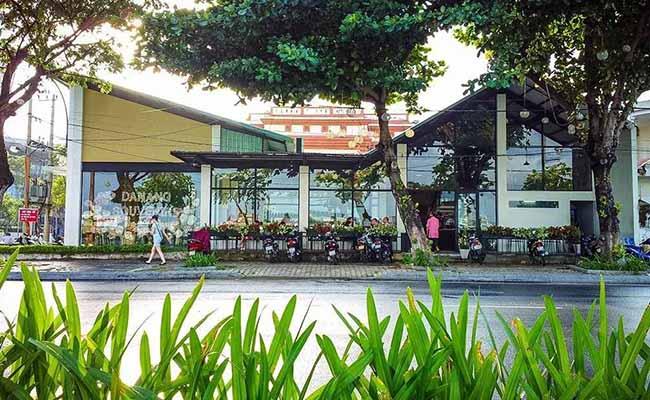 Da Nang souvenirs cafe