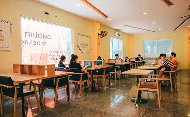 Velo Book Cafe
