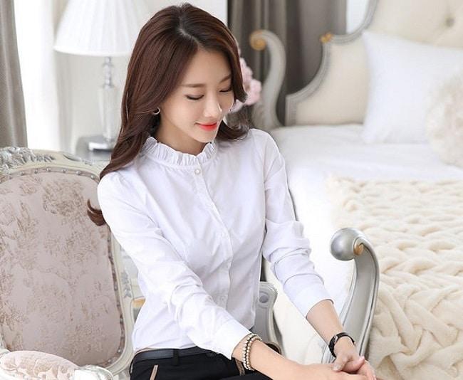 Yi shop là Top 10 shop bán sơ mi đẹp nhất TPHCM