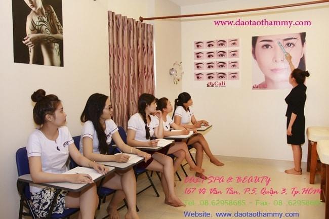 Trung tâm đào tạo thẩm mỹ Cali (Cali Beauty Academy) là Top 10 trung tâm dạy học chăm sóc da tốt nhất tphcm
