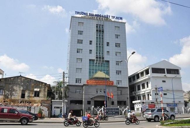 Trường Đại học Luật TP Hồ Chí Minh là Top 10 Trường đại học công lập tốt nhất TP. Hồ Chí Minh