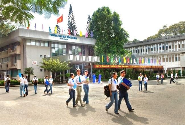 Trường Đại học Bách Khoa TP HCM là Top 10 Trường đại học công lập tốt nhất TP. Hồ Chí Minh