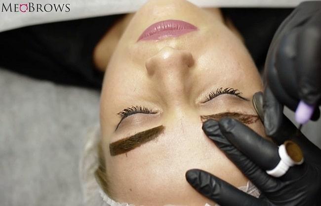 MeoBrows là Top 10 trường dạy học điêu khắc lông mày, chân mày tốt nhất tphcm