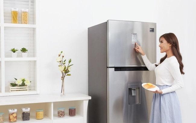Tinh dầu tràm trà là một trong 5 cách vệ sinh tủ lạnh đơn giản mà hiệu quả nhất