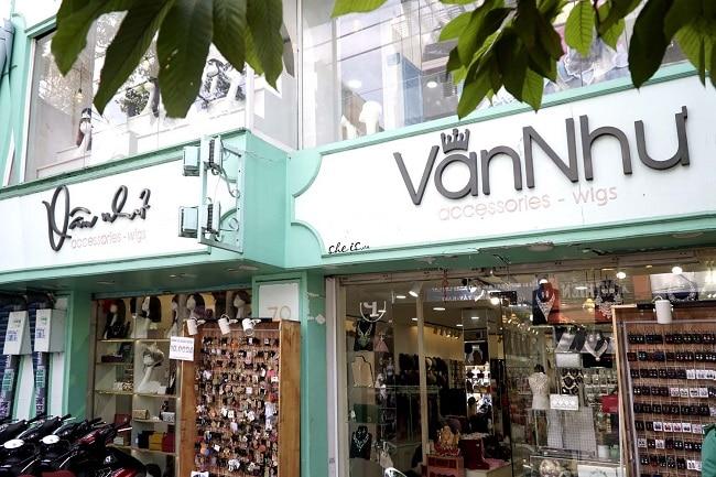Vân Như là Top 10 Cửa hàng bán tóc giả ở TP.HCM chất lượng và uy tín nhất